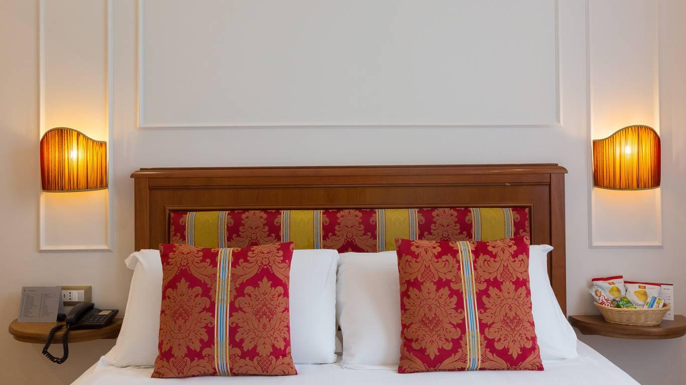 milton-hotel-rome-room-CLASSIC-2